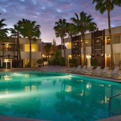 Amman Marriott Hotel бассейн