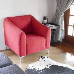 Отель Waterside Cottages Габороне удобства в номере