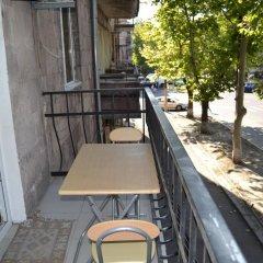 Отель Griboyedov 44 Армения, Ереван - отзывы, цены и фото номеров - забронировать отель Griboyedov 44 онлайн балкон