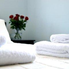 Апартаменты Amazing Napa Apartments сейф в номере