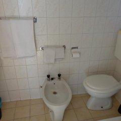 Отель Residencial Portuguesa 3* Стандартный номер с 2 отдельными кроватями (общая ванная комната) фото 10