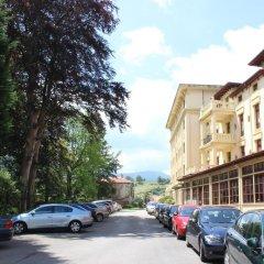 Gran Hotel Balneario de Liérganes парковка