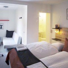 Hotel Domir Odense 2* Стандартный семейный номер с двуспальной кроватью фото 3