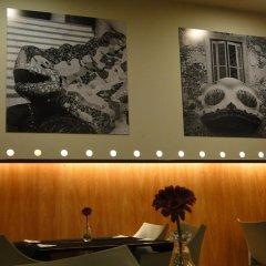Отель Hostal Lami Испания, Эсплугес-де-Льобрегат - 5 отзывов об отеле, цены и фото номеров - забронировать отель Hostal Lami онлайн интерьер отеля