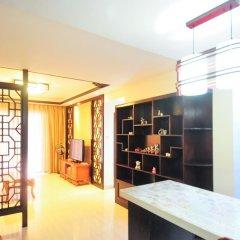 Отель Golden Mango Апартаменты с различными типами кроватей фото 41