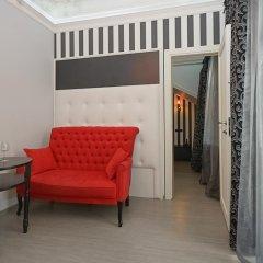 Гостиница Partner Guest House Shevchenko 3* Люкс с различными типами кроватей фото 2