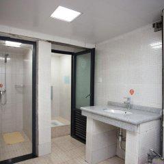 Freeguys Hostel Кровать в женском общем номере с двухъярусной кроватью фото 5
