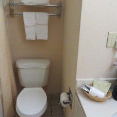 Отель Days Inn Columbus Airport 2* Стандартный номер с различными типами кроватей фото 4