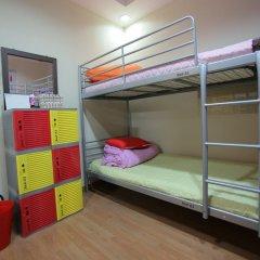 HaHa Guesthouse - Hostel Кровать в мужском общем номере