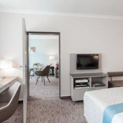 Отель Crowne Plaza Berlin City Centre 4* Стандартный семейный номер с разными типами кроватей