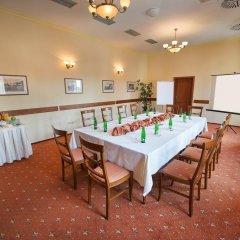 Отель PODHRAD Глубока-над-Влтавой помещение для мероприятий