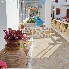Отель Saronis Hotel Греция, Агистри - отзывы, цены и фото номеров - забронировать отель Saronis Hotel онлайн интерьер отеля