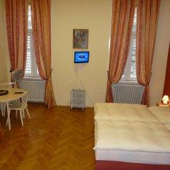 Отель Pension Gross Австрия, Вена - отзывы, цены и фото номеров - забронировать отель Pension Gross онлайн комната для гостей фото 3