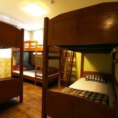 Отель Cube Guesthouse Кровать в общем номере с двухъярусной кроватью фото 4