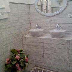 Отель Bed & Breakfast Santa Fara 3* Стандартный номер с двуспальной кроватью (общая ванная комната) фото 8