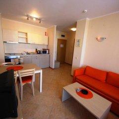 Апартаменты Menada Royal Sun Apartments Солнечный берег комната для гостей фото 3