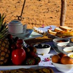 Отель Merzouga Luxury Camp Марокко, Мерзуга - отзывы, цены и фото номеров - забронировать отель Merzouga Luxury Camp онлайн в номере