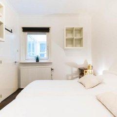 Отель Chariot Amsterdam Apartment Нидерланды, Амстердам - отзывы, цены и фото номеров - забронировать отель Chariot Amsterdam Apartment онлайн комната для гостей фото 3