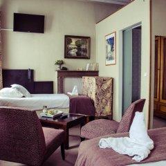 Hotel Gulden Vlies 2* Стандартный семейный номер с различными типами кроватей