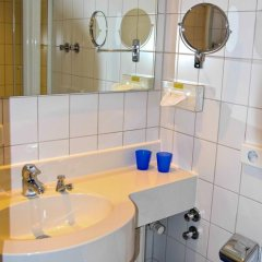 Отель Am Fasangarten Германия, Мюнхен - отзывы, цены и фото номеров - забронировать отель Am Fasangarten онлайн ванная фото 2