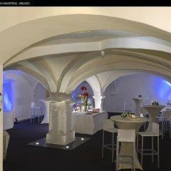 Отель Crowne Plaza Hotel BRUGGE Бельгия, Брюгге - отзывы, цены и фото номеров - забронировать отель Crowne Plaza Hotel BRUGGE онлайн питание фото 3
