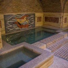 Отель Гостевой Дом GNLM Грузия, Тбилиси - отзывы, цены и фото номеров - забронировать отель Гостевой Дом GNLM онлайн бассейн фото 2