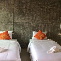 Отель Srisuksant Urban 3* Улучшенный номер с различными типами кроватей фото 3