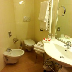 Best Western Hotel Porto Antico 3* Стандартный семейный номер с двуспальной кроватью фото 9