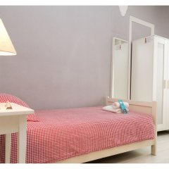 Отель B&B Hi Valencia Cánovas 3* Номер с общей ванной комнатой с различными типами кроватей (общая ванная комната) фото 7