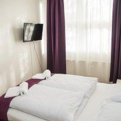Отель The Capital-Inn Кровать в общем номере с двухъярусной кроватью фото 11