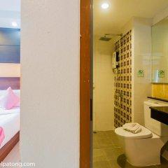 Green Harbor Patong Hotel ванная фото 2