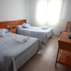 Отель Hostal Sanpatiel комната для гостей фото 5
