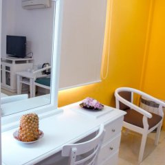 Saigon Night Hotel 2* Номер Делюкс с различными типами кроватей фото 10