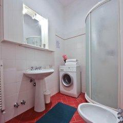 Отель Medici Chapels Apartment Италия, Флоренция - отзывы, цены и фото номеров - забронировать отель Medici Chapels Apartment онлайн ванная
