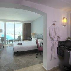 Отель Reflect Krystal Grand Cancun Люкс с различными типами кроватей