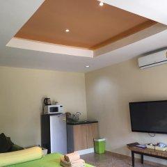 Отель Kamala Tropical Garden 3* Студия с двуспальной кроватью фото 10