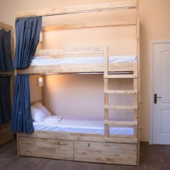 DREAM Hostel Zaporizhia Кровать в общем номере с двухъярусными кроватями фото 16
