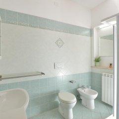 Отель Amarcord B&B Стандартный номер с различными типами кроватей (общая ванная комната) фото 3