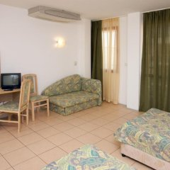 Отель Longozа Hotel - Все включено Болгария, Солнечный берег - отзывы, цены и фото номеров - забронировать отель Longozа Hotel - Все включено онлайн комната для гостей фото 4