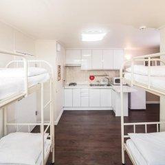 Хостел Itaewon Inn Апартаменты с различными типами кроватей фото 19