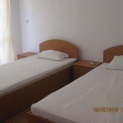Отель Sarafovo Residence комната для гостей
