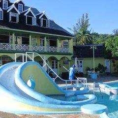 Отель Beach One Bedroom Suite 13 бассейн фото 2