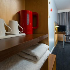 Отель Holiday Inn Express Glasgow City Centre Riverside 3* Стандартный номер с различными типами кроватей фото 8