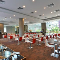 Отель Chancellor@Orchard Сингапур, Сингапур - отзывы, цены и фото номеров - забронировать отель Chancellor@Orchard онлайн питание фото 3