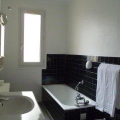 Отель ROULE Нёйи-сюр-Сен ванная фото 2
