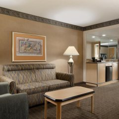 Отель Embassy Suites by Hilton Convention Center Las Vegas 3* Люкс с различными типами кроватей фото 5