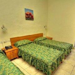 The British Hotel 2* Стандартный номер с различными типами кроватей фото 3