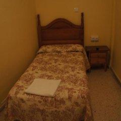 Отель Pension Perez Montilla 2* Стандартный номер с 2 отдельными кроватями (общая ванная комната) фото 6