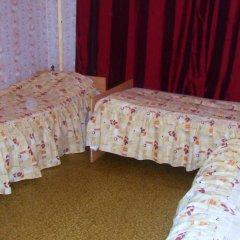 Мини-отель Лира Номер с общей ванной комнатой с различными типами кроватей (общая ванная комната) фото 46