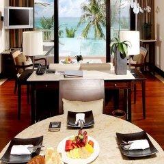 Отель Trisara Villas & Residences Phuket 5* Вилла с различными типами кроватей фото 19